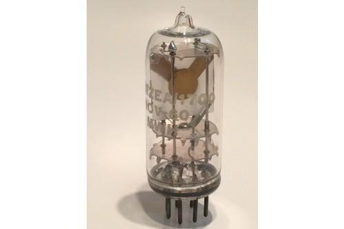 COLLECTORS RADIO QUARTZ CRYSTAL 10X/ZEA/1700 GLASS OBJET D'ART ! fbb19c4