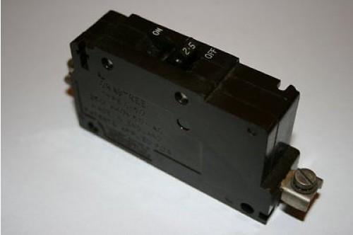 CRABTREE C-50 2.5A BREAKER