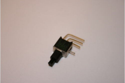 SUB MINIATURE MOMENTARY CHANGEOVER PUSH SWITCH