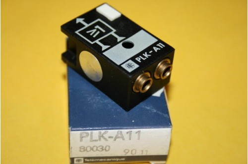 TELEMECANIQUE PLK-A11 PNEUMATIC LOGIC VALVE