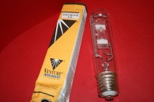 VENTURE HIT 250W-HBU-LU-10K E40 METAL HALIDE 250W 10K AQUARIUM LAMP